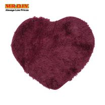 MR.DIY Premium Love Heart Shaggy Soft Fluffy Floor Mat (50cm x 60cm)